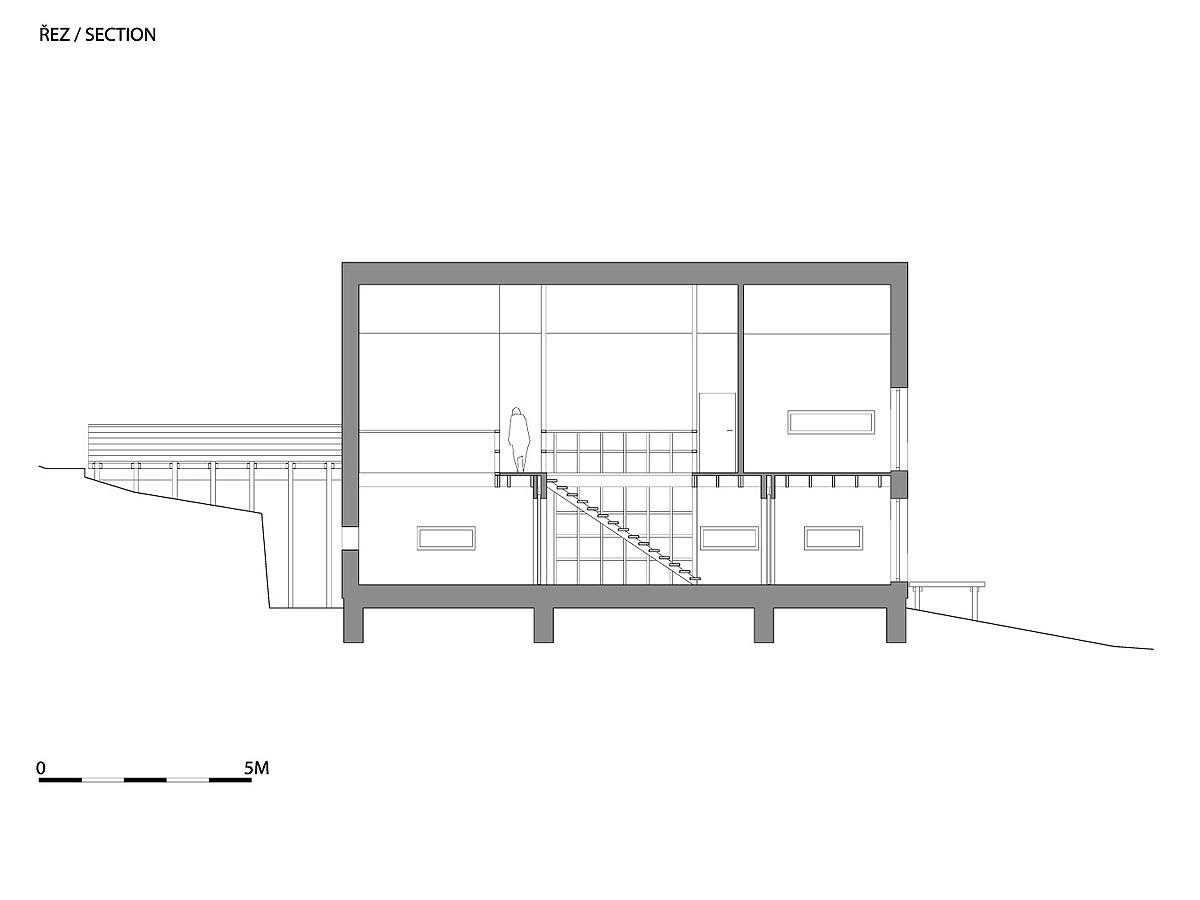 2011-05-08-115005A1_W_WRK_ARC_HOUSE_NELAHOZEVES_BRIDGE_P_SECTION